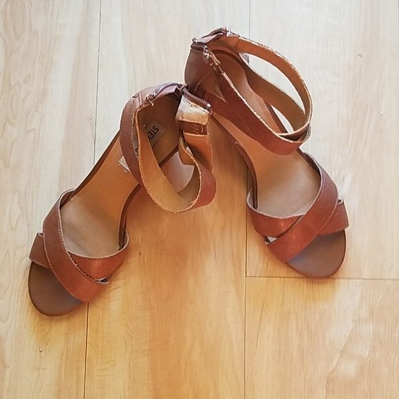 09520c1b3846 Steve Madden Wedge Sandals